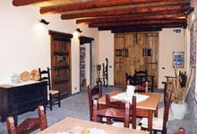 Bed and breakfast cagliari antica locanda del carabiniere for Arredamento sardo